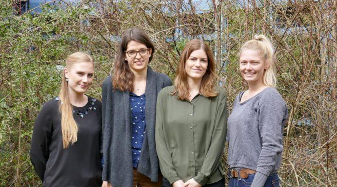 Gruppenbild der vier neuen Mitarbeiterinnen